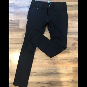 Black Express leggings. Size 6